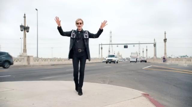 Beck - Wow (Musikvideo)