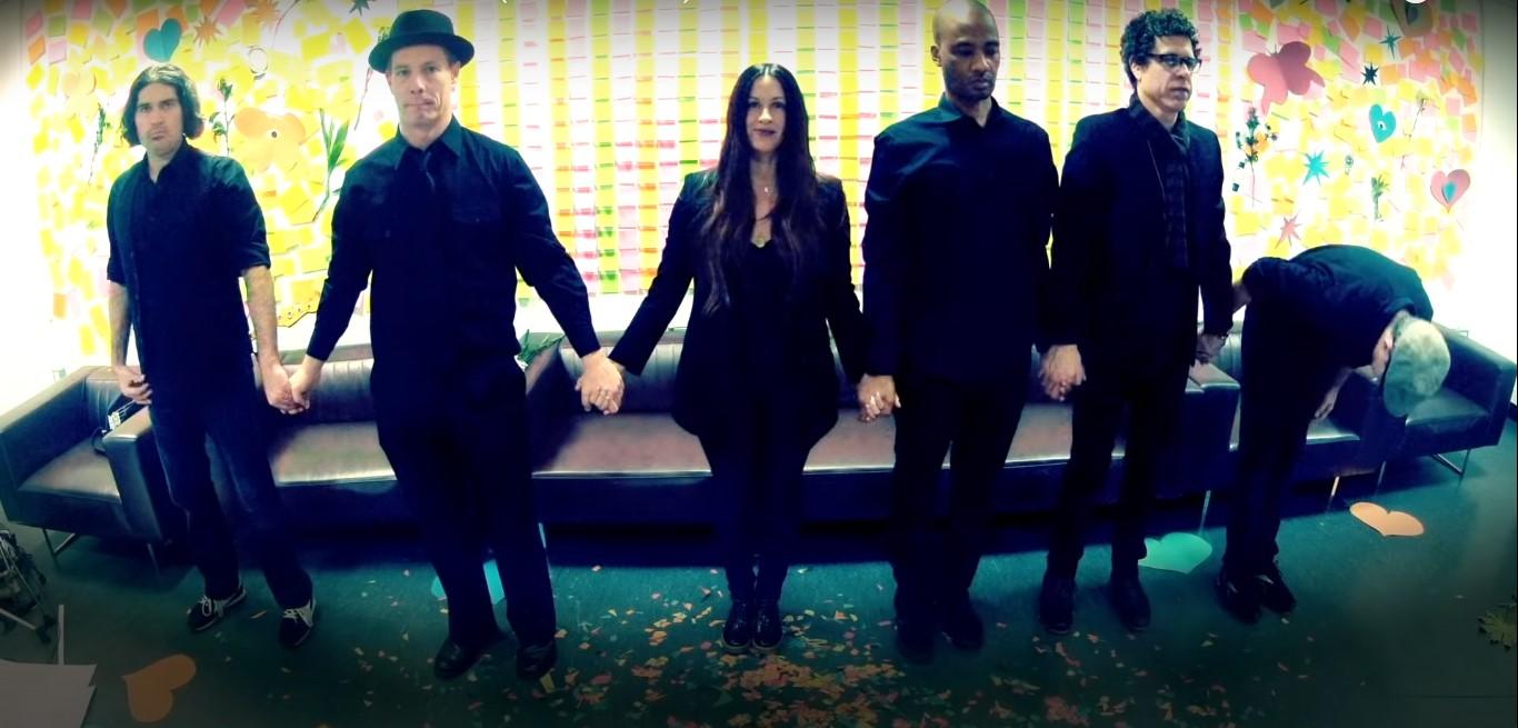 Alanis Morissette - I Miss The Band (Video)